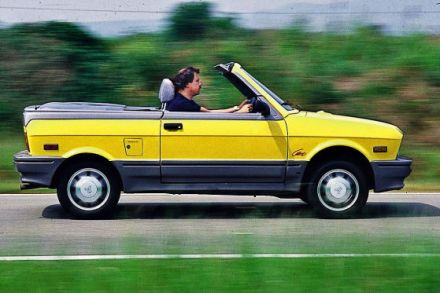La plaisante Yugo Cabriolet maintint l'illusion quelques temps