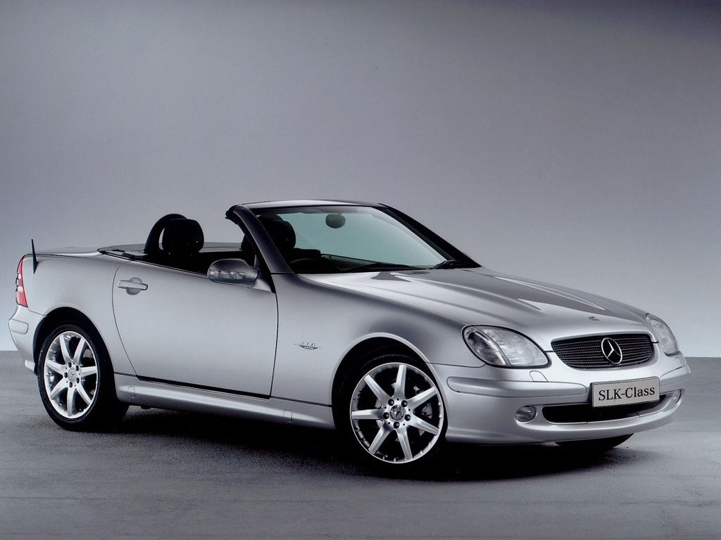 mercedes slk premier coup cabriolet de l 39 re moderne boitier rouge. Black Bedroom Furniture Sets. Home Design Ideas