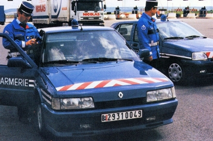 R21 Turbo Gendarmerie