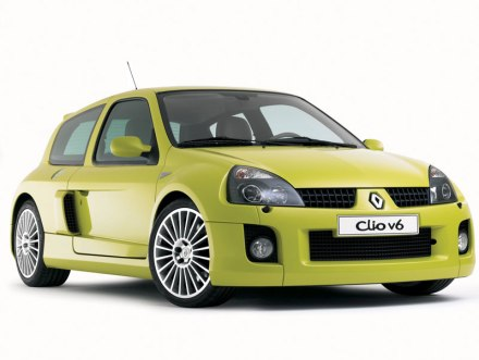La Clio V6 phase 2 a un look bien plus plaisant