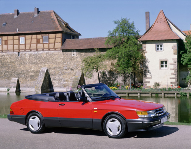 saab 900 cab 39 classic l 39 art de rouler autrement. Black Bedroom Furniture Sets. Home Design Ideas